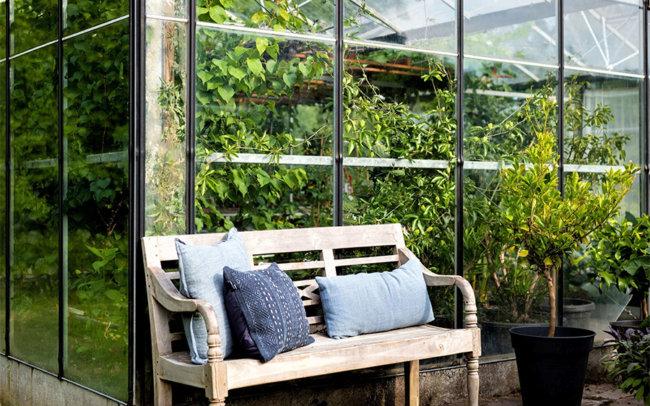 huis-oudegein-tuin-vergaderen